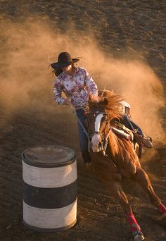 Cowgirls compete in rodeos across South Dakota in several disciplines. imagine the rush of barrel racing. Cowgirl And Horse, My Horse, Horse Love, Horse Riding, Horse Tips, Barrel Racing Horses, Barrel Horse, Cowgirls, Cavalo Wallpaper