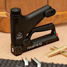 Heavy-Duty Stapler - heavy-duty professional staple gun - Made in Italy