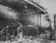 """Industrial Revolution - Construction of the world's largest steamship (at that time) """"The Great Eastern,"""" designed by I. Isambard Kingdom Brunel, Steam Boats, Boring People, Old Boats, Paddle Boat, Boat Painting, History Of Photography, Steampunk, Old London"""