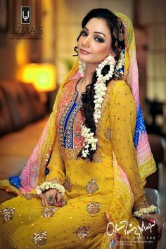 Mehndi Outfit - maybe without the make-up
