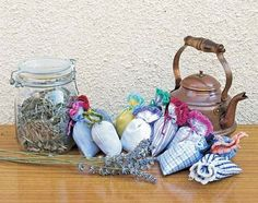 Herbal sachet recipes (including natural moth repellants, version 1, 2, and 3 and a vaccuum cleaner bag freshener!)