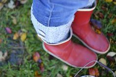Autumn look Autumn Photos, Fall Looks, Hunter Boots, Rubber Rain Boots, Shoes, Fashion, Fall Cover Photos, Moda, Fall Styles