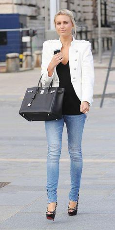 Related Posts24 The Best Winter Street StyleBeautiful combinations on dresses that will help you in choosing the models for this summer26 Modern Street Style 27  @ http://seduhairstylestips.com