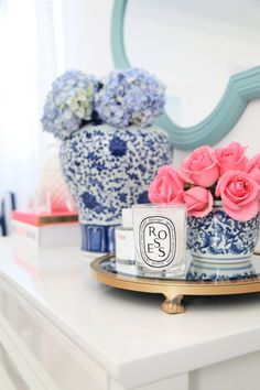 I love decorating with blue and white ginger jars in my home. Here are a few of the ways I use them and a list of my favorite ginger jars! Chinoiserie, Blogger Home, Blue And White China, Pink Blue, Ginger Jars, White Decor, My New Room, First Home, Home Decor Inspiration