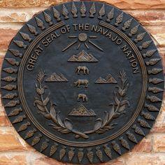 Great Seal of the Navajo Nation Native American Wisdom, Native American Beauty, Native American Indians, Native Americans, Native Indian, Indian Art, Native Art, Navajo Culture, Navajo People
