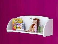 Ayez tout à portée de main grâce à cette étagère murale à placer au dessus de la commode avec son plan à langer.