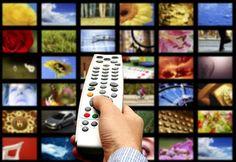 Face à l'impact grandissant de la Social TV sur les téléspectateurs, la publicité s'est également mise àemployer ces nouveaux codes de communication. La télévision sociale entraîne les téléspectateurs à agir. Rien de mieux pour une marque que de générer une participation des téléspectateurs directement en lien avec leur marque ou …