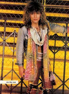 Jon Bon Jovi - I kissed this poster goodnight every night! Jon Bon Jovi, Bon Jovi 80s, Bon Jovi Pictures, Bon Jovi Always, 80s Hair Bands, Jon Jon, Star Wars, Jesse James, Most Beautiful Man