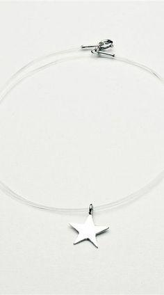 """Pin de Vogue Portugal. Obrigada por partilharem um colar Maria João Bahia - especial """"Make a Wish"""" (colecção solidária).  #mariajoaobahia #joias #jewelry #joiasdeautor #signedjewelry #makeawish #vogue #vogueportugal #press #clipping #media #revista #magazine #avenidadeliberdade #estrela #star #colar #solidariedade #charity #luxury #luxo #obrigada"""