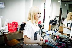 #CL  #Chaerin #2NE1 #backstage
