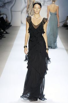 Monique Lhuillier Spring 2008 Ready-to-Wear Fashion Show - Michaela Kocianova