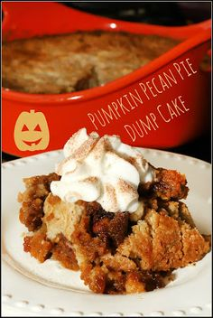 This Pumpkin Pecan Pie Dump Cake is a combo of two of my favorite desserts, pumpkin pie and pecan pie, but in cake form. Pecan Recipes, Best Dessert Recipes, Pumpkin Recipes, Easy Desserts, Delicious Desserts, Yummy Food, Amazing Recipes, Recipes Dinner, Potato Recipes