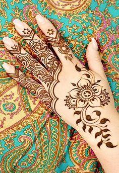Henna painting on hands Mehndi Tattoo, Mehndi Art, Henna Mehndi, Mehendi, Hand Henna, Unique Mehndi Designs, Latest Mehndi Designs, Henna Paint, Mehndi Style