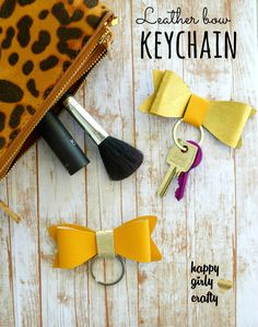 happy girly crafty: Faux leather bow keychain DIY!