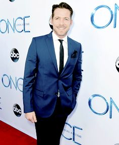 Sean Maguire at Once Upon a Time season 4 premiere