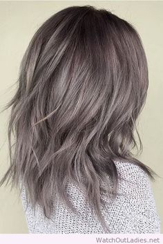 Amazing greyish short hair