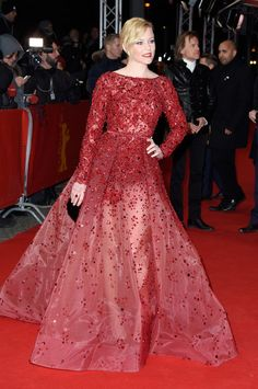 Elizabeth Banks wearing a sheer red Elie Saab ball gown, covered in crystal embellishments - Berlin Film Festival, Germany, February 2015. Red carpet gowns   style   celebrity events