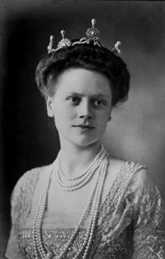 Her Highness Duchess Johann Albrecht of Mecklenburg (1885-1969) née Princess Elisabeth of Stolberg-Rossla