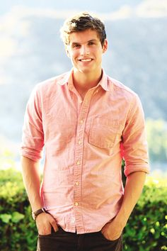 Daniel Sharman - So what, I may be a little obsessed with him ;)