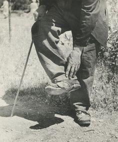 Voula Papaioannou Famous Photographers, Conceptual Art, Athens, Old Photos, Greece, The Past, Fine Art, Black And White, History