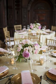 Classic Connecticut Wedding from Justin & Mary Marantz  Read more - http://www.stylemepretty.com/2013/11/18/classic-connecticut-wedding-from-justin-and-mary-marantz/