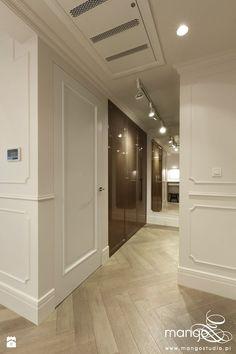 Hol / Przedpokój styl Klasyczny - zdjęcie od MANGO Studio Architektury Wnętrz i Ogrodów