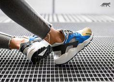 Nike Wmns Air Huarache Run PRM (Matte Silver / Black - Game Royal - Olive Flak)