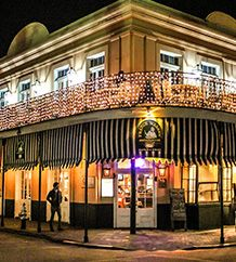 Went here on our trip to New Orleans in February 2015. One of the best places we ate at!!! You can smell the Yumminess down the street.  DO NOT miss out.  And the Balcony is worth the wait :)