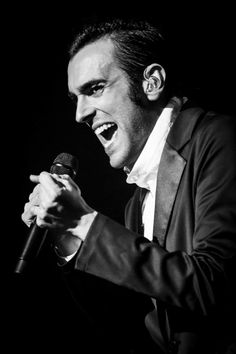 ..it's a voice & a sound given to your heart & soul...it's Marco Mengoni!