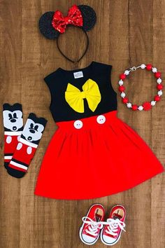 Your place to buy and sell all things handmade Girls Minnie Mouse Dress Perfect for your Disney Vacation! Available in Sleeveless Tank or Flutter Short Sleeve Comes in sizes and Cotton, Spandex Includes: Dress Only Little Girl Outfits, Baby Outfits, Kids Outfits, Cute Outfits, Baby Girl Dresses, Baby Dress, Dress Set, Baby Girl Fashion, Kids Fashion