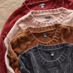 """25.5k Likes, 202 Comments - @aerie on Instagram: """"Velvety plush chenille, now in 6 new shades. It's a world of amazing. Shop with the link in our bio!"""""""