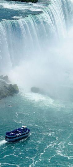 Niagara Falls: Maid of the Mist Boat Tour