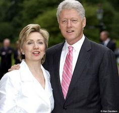President Bill Clinton & First Lady Hillary Clinton Hillary Rodham Clinton, Bill And Hillary Clinton, American Presidents, Us Presidents, American History, Arkansas, Presidente Obama, Chelsea, 4th Of July