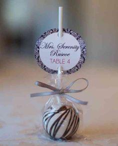 Hol dir deine Gastgeschenke-Inspiration und stöbere durch unsere riesige Hochzeit-Bildergalerie mit tollen Bildern von den Gastgeschenk-Ideen anderer Brautpaare.