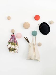 April and May  Give away with Mobilia Woonstudio and Muuto