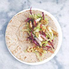 Tortilla kip recept - wraps maken made by ellen Tortillas, Pasta Salad, Tortilla Wraps, Tacos, Lunch, Ethnic Recipes, Tortilla Recept, Food, Mince Pies