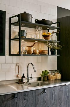 40 Wonderful Industrial Kitchen Shelf Design Ideas To Organize Your Kitchen - Page 33 of 43 - Home Decor Ideas Kitchen Shelf Design, Kitchen Shelf Decor, Yellow Kitchen Decor, Ikea Kitchen Cabinets, Kitchen Shelves, Rustic Kitchen, Kitchen Interior, Kitchen Racks, Bistro Kitchen