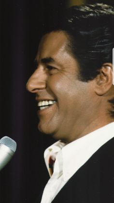 JERRY LEWIS Hollywood Actor, Hollywood Stars, Classic Hollywood, Vintage Hollywood, Jerry Lewis, Dean Martin, Male Photography, I Love To Laugh, Guy Pictures