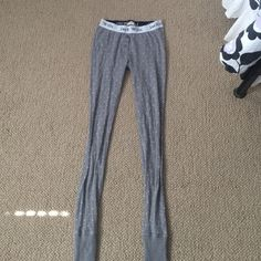 JACK WILLS LEGGINGS These are super comfortable to be around the house in! They're too small for me! Let me know if you have any questions  jack wills Pants Leggings