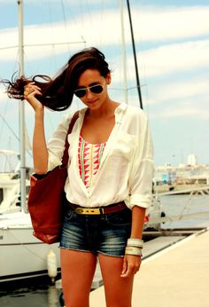 Jean shorts + white blouse + swim suit underneath + belt (+ 37 other shorts outfits)