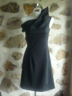 Gratte-Ciel Dress | Judy Design One Shoulder, Shoulder Dress, Quebec, Formal Dresses, Unique, Sexy, Design, Fashion, Dresses For Formal