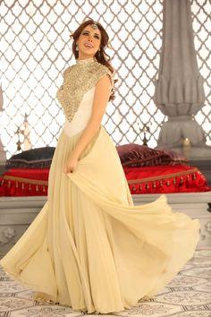 Nancy Ajram's Dress is to die for