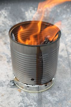 Last weekend I made a little stove out of an old can. Building such a stove was something I wanted to do since a long time, and now … finally … I made it. :) I took an old can and made …