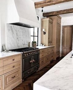 Dark, light, oak, maple, cherry cabinetry and cherry wood kitchen cabinets cheap. CHECK THE PIC for Lots of Wood Kitchen Cabinets. Modern Kitchen Cabinets, Modern Farmhouse Kitchens, Kitchen Cabinet Design, Interior Design Kitchen, Kitchen Countertops, New Kitchen, Home Kitchens, Kitchen Wood, Quartz Countertops