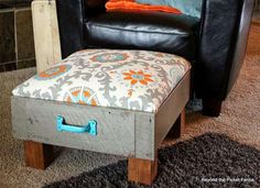 Old dresser drawers can be transformed into a cushy ottoman for tired feet—or pampered dogs! Just fi... - bec4-beyondthepicketfence.blogspot.com
