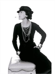 Pearl necklace,Coco Chanel