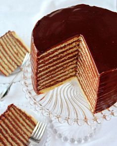 SugaryWinzy Chocolate Frosted Layer Cake