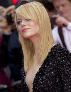 The stunning transformation of Emma Stone - Celebrities Female Ema Stone, Blond, Actress Emma Stone, Hottest Redheads, Victoria Justice, Actors, Beauty Queens, Hollywood Actresses, Emma Watson