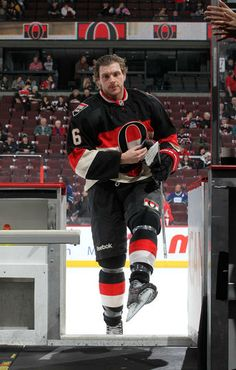 Photo galleries featuring the best action shots from NHL game action. Nhl Hockey Teams, Stars Hockey, Hockey Memes, Ice Hockey, Bobby Ryan, Hockey Season, Nhl News, Nhl Games, Anaheim Ducks