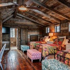 Rustic Bunk House Design Ideas, Pictures, Remodel and Decor Bunk Rooms, Log Cabin Homes, Log Cabins, Log Cabin Bedrooms, Cabin Loft, Rustic Cabins, Kid Bedrooms, Cabin Interiors, Cabins And Cottages